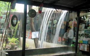 Lluvia en Rangún.