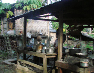 Cocina del restaurante del hotel de Sinbo.
