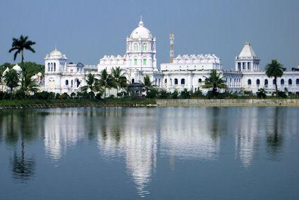 Palacio de Ujjayanta.
