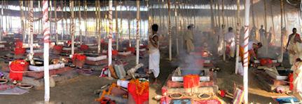 Mercado de Silchar. Vendedor hojas de betel.